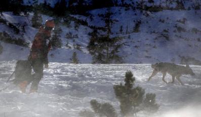 Uwaga! W Tatrach bardzo trudne warunki