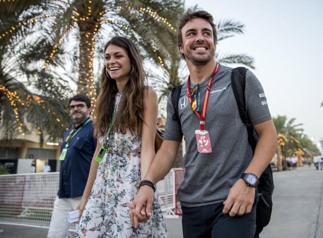 Fernando Alonso zabrał do Bahrajnu swoją piękną dziewczynę