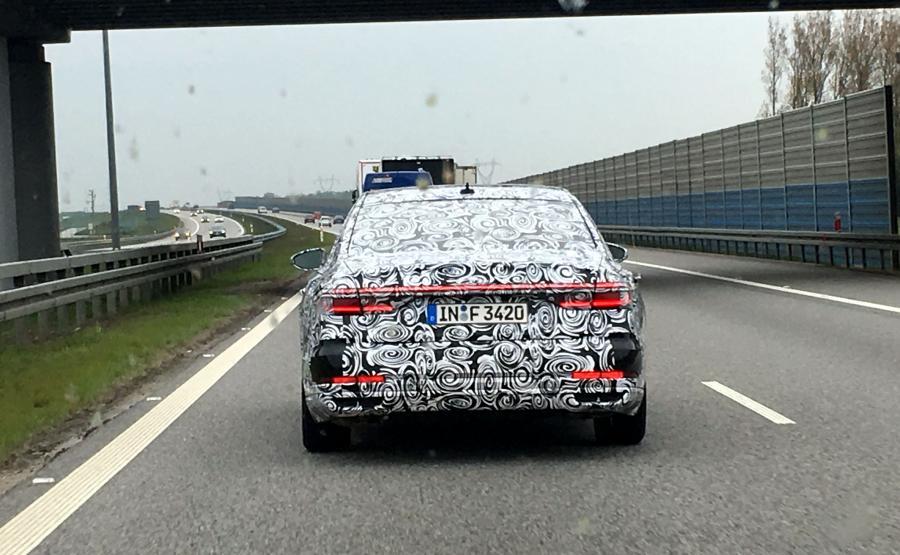 Audi testowało nową limuzynę na autostrade A2