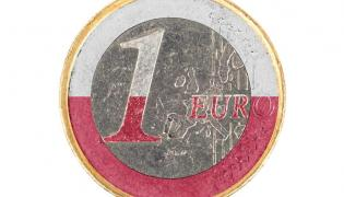 Euro w biało-czerwonych barwach