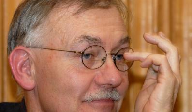 Krzemiński: Kryzys uderza i w portfele, i w umysły