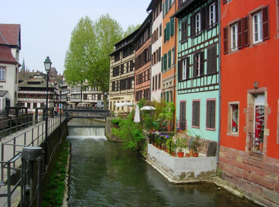 Strasburg bez polskiego konsulatu?