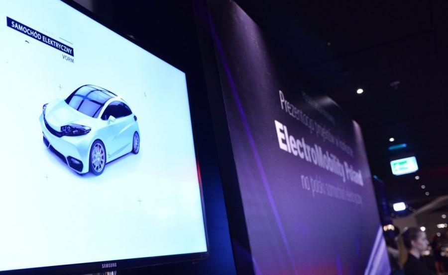 ElectroMobility Poland chce za rok dysponować prototypem samochodu elektrycznego