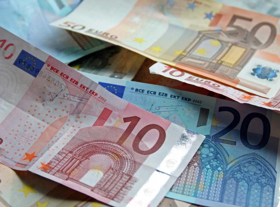Polacy chcą euro, ale się go boją
