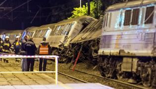 Kolizja dwóch pociągów