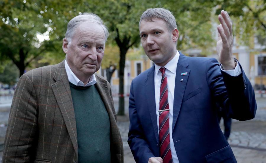 Alexander Gauland (z lewej)