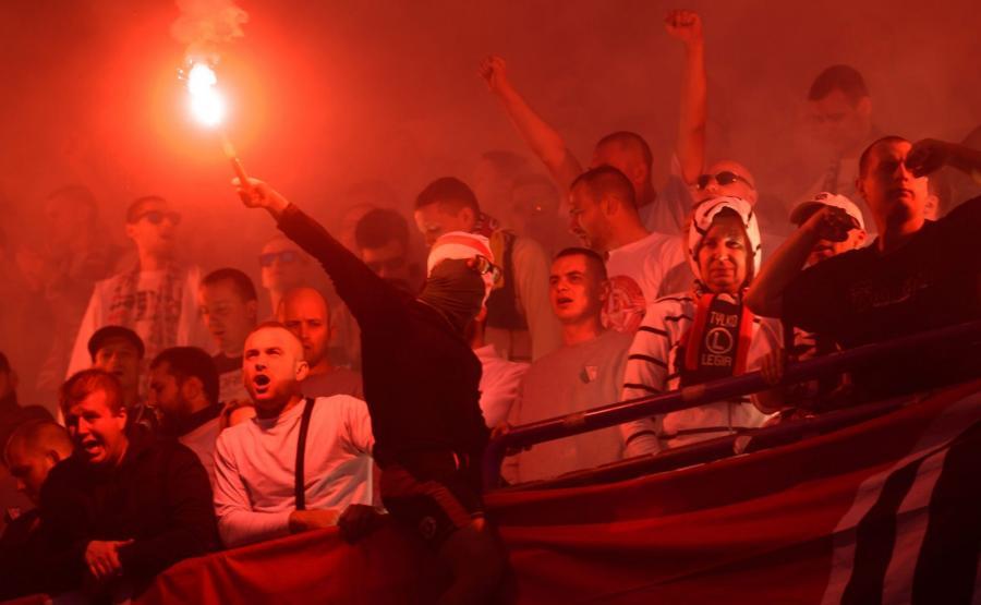 Kibice Legii Warszawa na meczu z Lechem Poznań