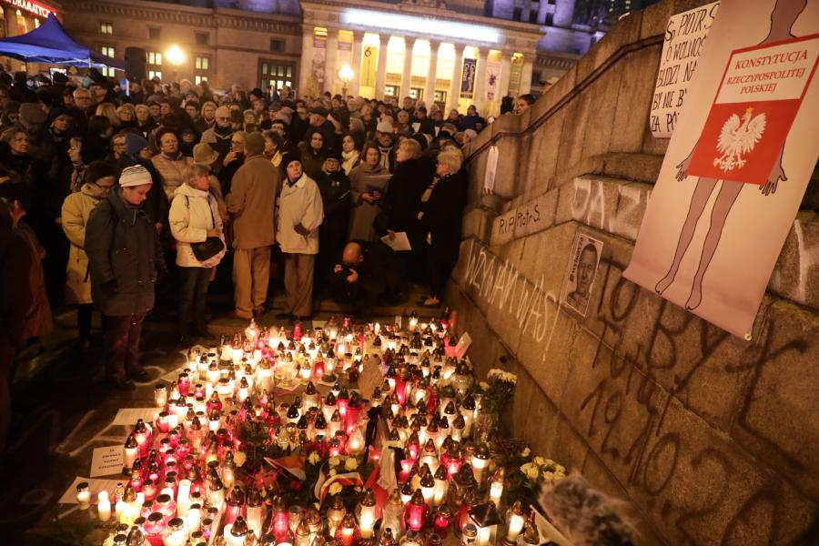 Marsz milczenia pamięci Piotra Szczęsnego