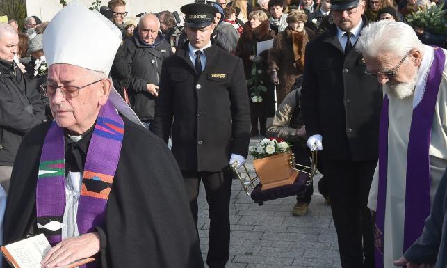Pogrzeb Piotra Szczęsnego. Ks. Boniecki: Był z tych, którzy widzą ostrzej [ZDJĘCIA]