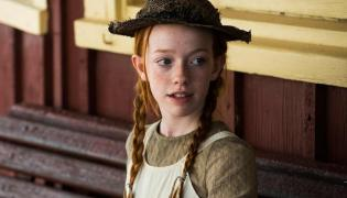 Amybeth McNulty jako Ania Shirley