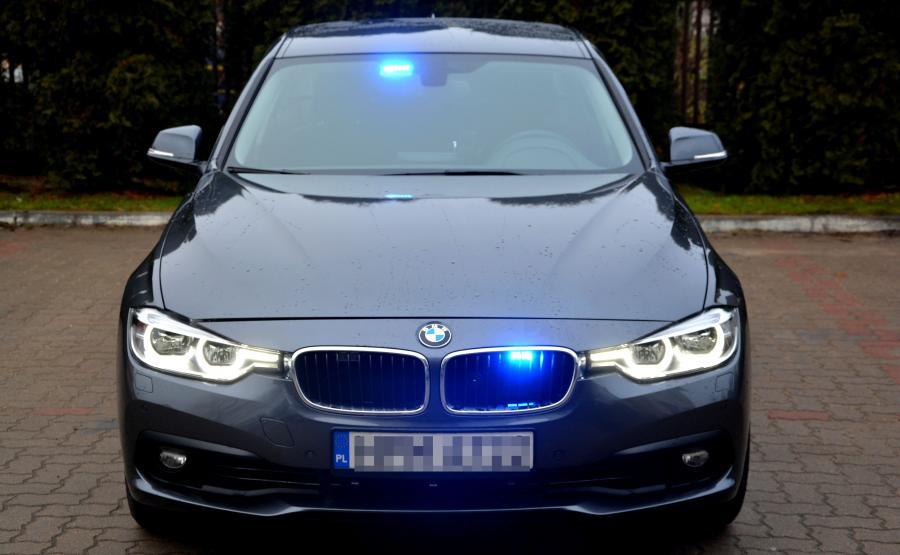 BMW 330i xDrive rozpędza się do 100 km/h w 5,8 s
