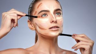Przygotowanie do wykonania makijażu