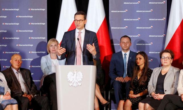 Morawiecki ostrzega przed propagandą: Niektóre media chcą, by Polska była jak w