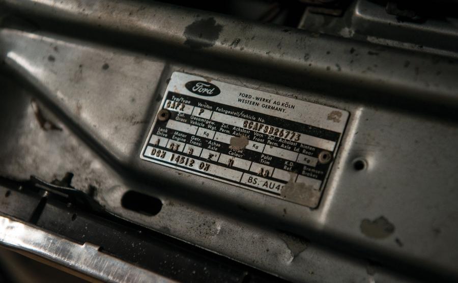 Ford Escort GL 1100