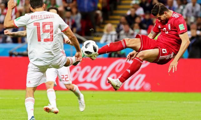 Hiszpania do samego końca drżała o wynik. Wygrała z Iranem po bardzo przypadkowym golu