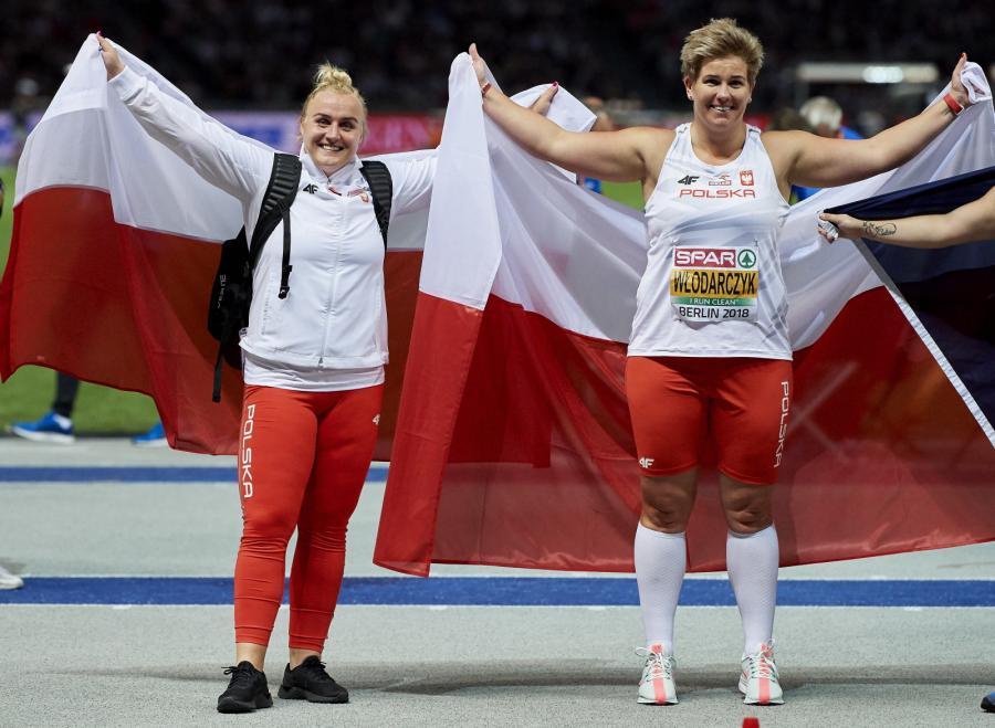 Anita Włodarczyk i Joanna Fiodorow po finale rzutu młotem