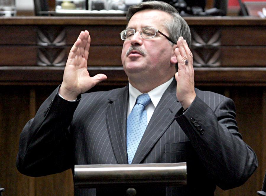 Marszałek Komorowski zakazał poselskiego nepotyzmu