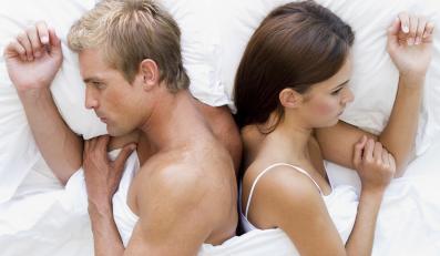 Co piąta osoba małżeńskie spory rozwiązuje w sypialni