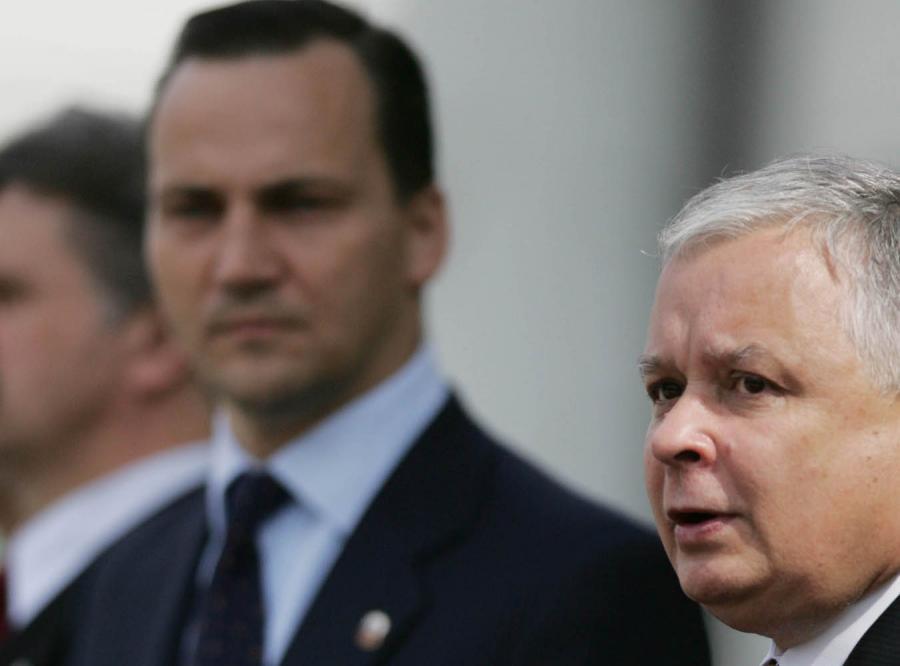 Kłótnia Sikorski-Kaczyński przerosła prokuraturę