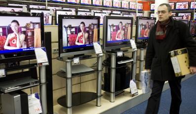 Telewizor przed komputerem. Polacy wolą oglądać