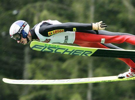 skoki narciarskie letnie grand prixhinterzarten - kwalifikacjenz adam malysz10082007fot. alex domanski  contrast