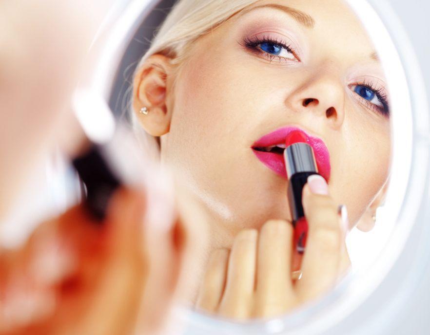 Sprytne sposoby na makijaż bez wpadek