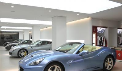 Ferrari na próbę i bez podatku