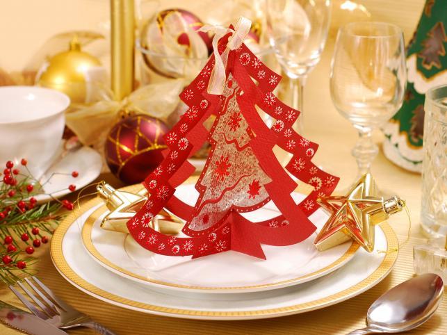 Jak udekorować świąteczny stół