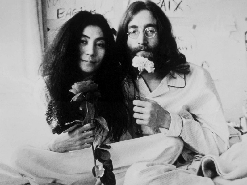 "7. ""IMAGINE"" - John Lennon"