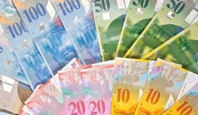Koszmarnie drogi frank. Rosną nie tylko raty kredytów