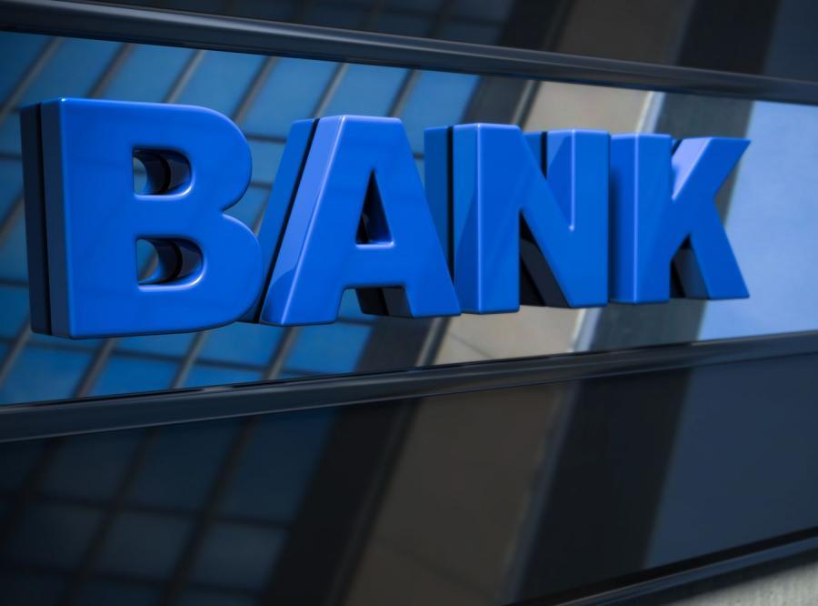 Polskie banki muszą być bardziej przyjazne dla ludzi