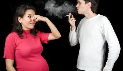 Bierne palenie naraża ciężarne na ten sam zestaw toksyn zawartych w dymie papierosowych co palenie czynne
