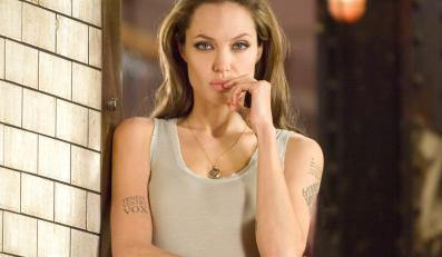 """Angelina Jolie w filmie """"Wanted – Ścigani"""""""