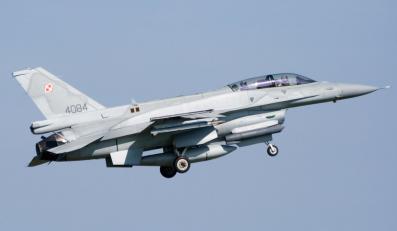 Samolot F-16