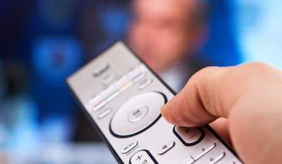 Vivendi kupi TVN na raty