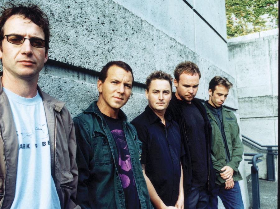 Pearl Jam na półmetku