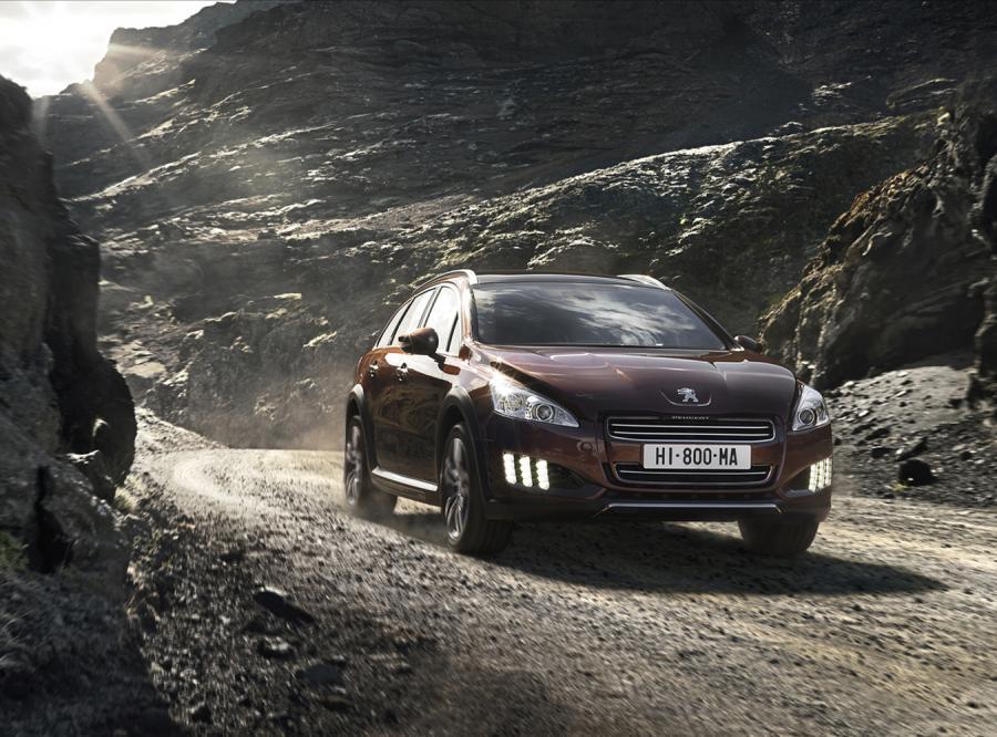 Peugeot 508 RXH - to nowość francuskiej marki