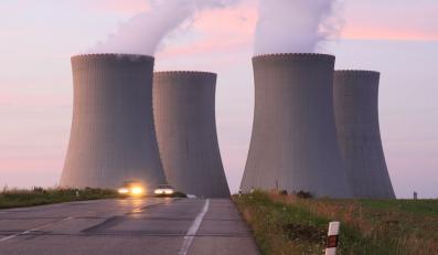 Komisarz strofuje Niemcy: Muszą zaakceptować polski atom