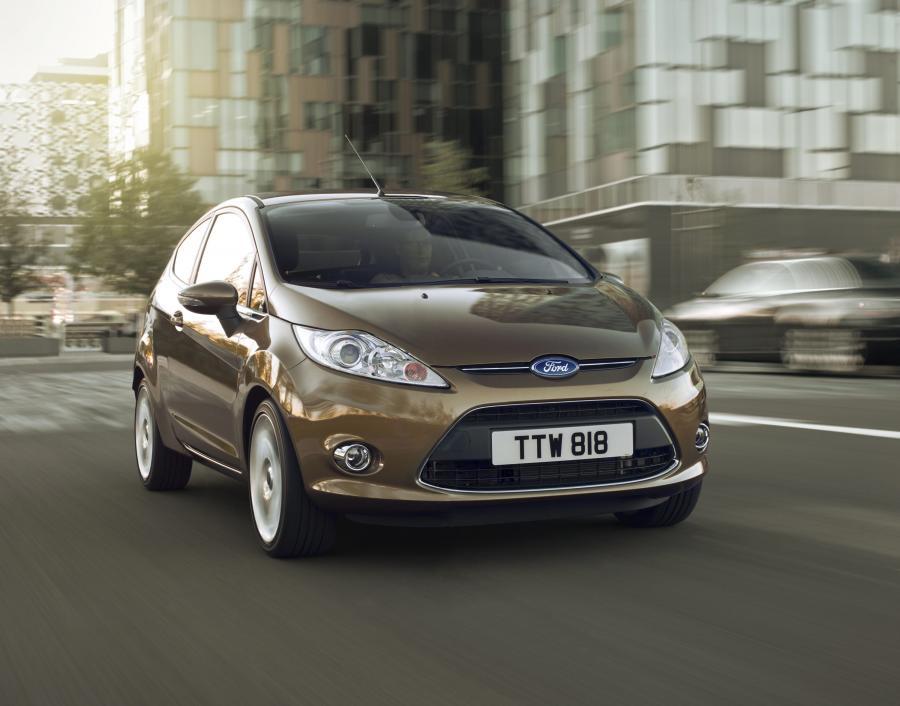Ford Fiesta świętuje dwa historyczne wydarzenia - 35 urodziny oraz wyprodukowanie łącznie 15 milionów egzemplarzy tego modelu na całym świecie