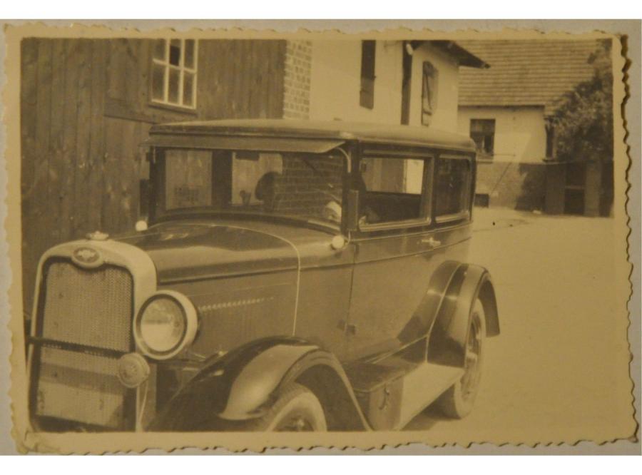 Chevrolet typ AB z 1928 roku, zdjęcie wykonane w Koźminie Wlkp. w 1939 roku