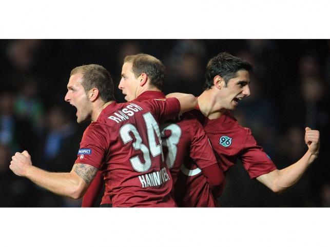 Radość hanowerczyków po remisie z FC Kopenhaga w Europejskiej lidze UEFA