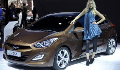 Hyundai i30 nowej generacji kosztuje na polskim rynku od 50 900 zł. Najtańszy VW golf w wersji 5d kosztuje ok. 53 tys. zł w promocji