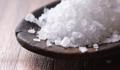 Sół na łyżce