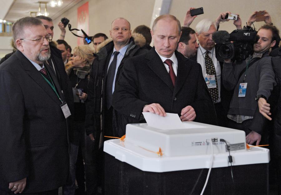 Władimir Putin podczas głosowania