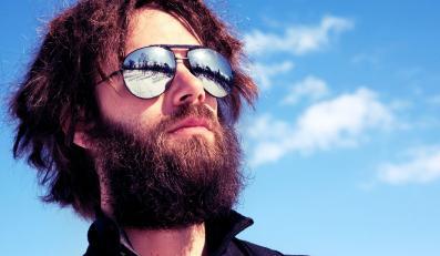 Mężczyzna z brodą