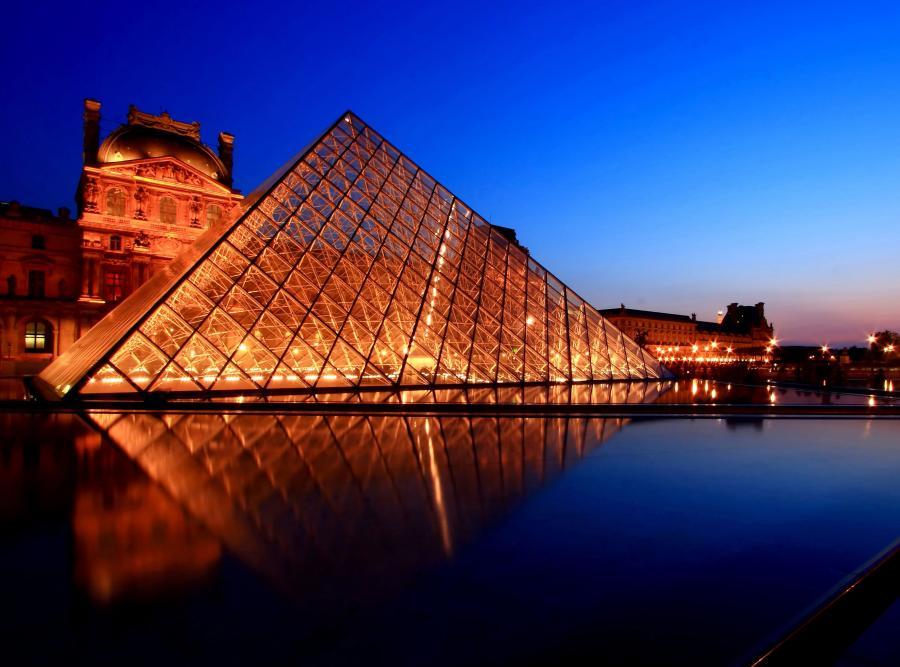 luwr muzeum paryż