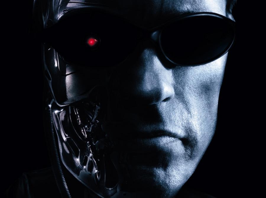 Arnold Schwarzenegger krytykuje \