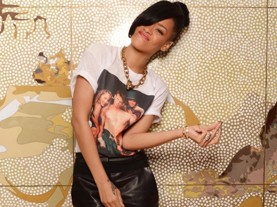 Rihanna z \
