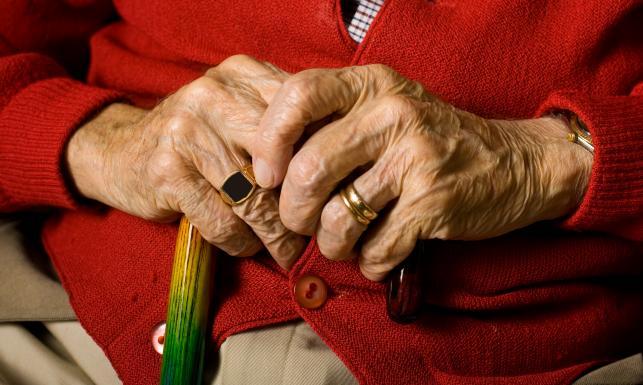 Jak mieć wyższą emeryturę? Zadbaj o nią na własną rękę. PORADNIK