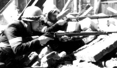 Powstanie Warszawskie na archiwalnej fotografii